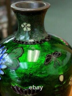 ANTIQUE japanese wire cloisonne vase depicting butterfly and flowers size 13.4cm